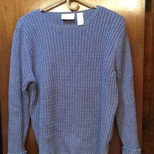 Barely worn Liz Claiborne 100% cotton sweater.